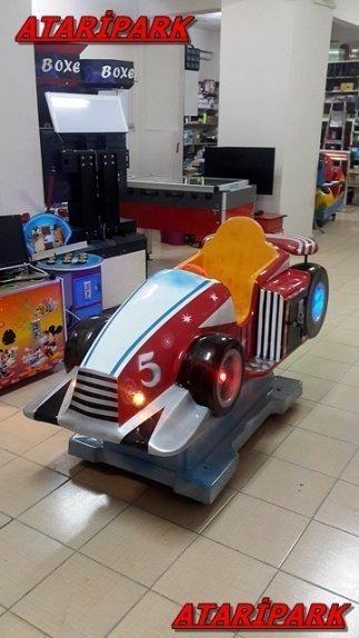 Jetonlu Oyuncak F1 Araba
